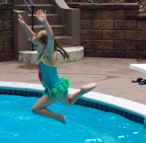 Finally Swim Essentials - Abby jumps into deep end